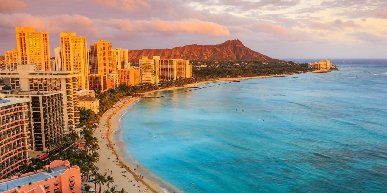 https://mytravelxp.com/wp-content/uploads/2021/03/usa-hawaii-waikiki-istock-617879526-sorincolac-2048x1365web-1280x640.jpg