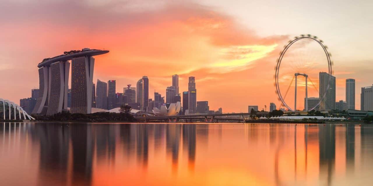https://mytravelxp.com/wp-content/uploads/2021/06/singapore-skyline-cg-southtownboy-MTE-2048x1366-1-1280x640.jpg